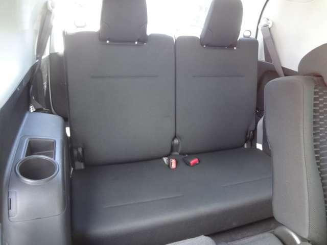 サードシート。大人2人が座れます。