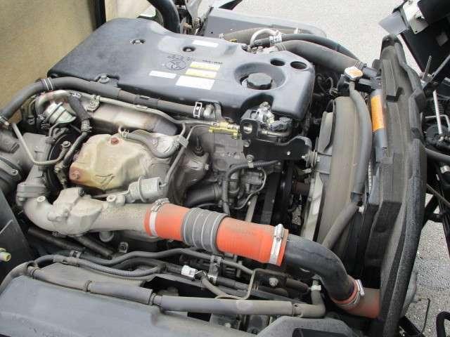 3.0リッター4JJ1ディーゼルターボエンジン!