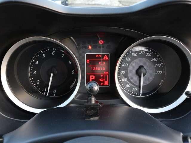 距離数は13万キロ台ですがまだまだこれからお乗りいただける1台となっております!!