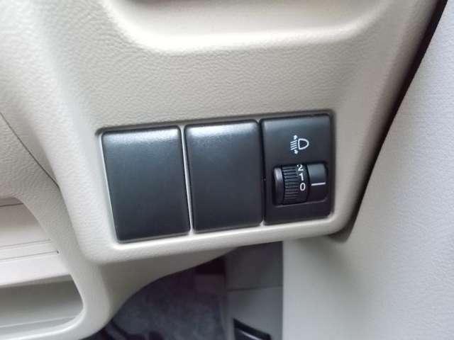 ナビ・オーディオ、ETCなど、お取り付けからお持ちの装備の載せ替えまでお気軽にお申し付けください。(車種・装備により対応できない場合がございます)