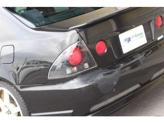 【カーセンサー出品までの流れ】全国ガリバーグループ店での直接買取仕入車両を中心にGTガレージにストック。入庫車両は出品前に整備士・検査員によるコンディションチェックを実施しています。