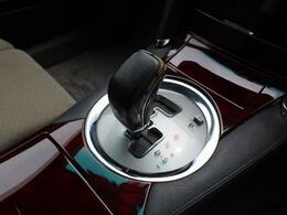 ミッションは6ATを採用!シーケンシャルタイプのマニュアルモード搭載!V6の加速を体感して下さい!
