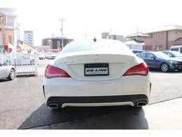 販売では修復歴車は一切展示しない、程度品質重視のクルマを「誇り」を持って販売いたします。