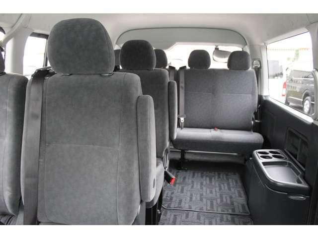 2012年5月登録/型式:CBA-TRH219W/3ナンバー(普通乗用車)/2年車検/4WD/寒冷地仕様/2700cc/ガソリン車/10人乗り/★普通免許で運転できます。