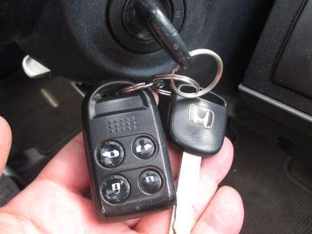 当社在庫車両は、第三者機関の自動車査定士技能検定取得者が、査定した車両のみを販売致しております。