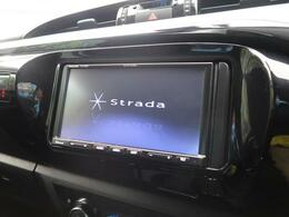 パナソニックSDナビ付き!地デジTV機能も有り。ドライブには欠かせませんね☆