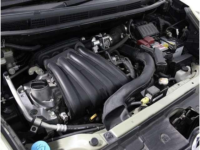 きれいなエンジンルーム!メンテナンスの行き届いたお車です!ご納車後の定期点検、車検整備、パーツ取り付け等も全てお任せ下さい!!お車のご使用に応じてのメンテナンスのご提案もさせて頂きます!!