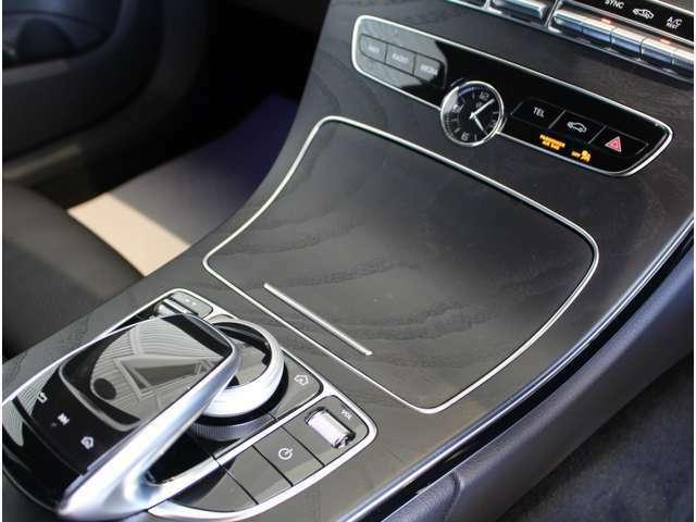 メルセデスの認定中古車には、経験豊富なメカニックが最大100項目にも及ぶ点検・整備項目が設定されています。