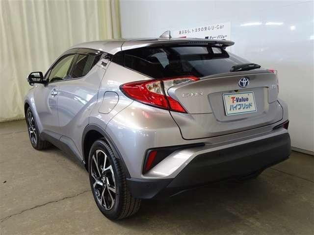 お気に入りのお車があれば、実際に見てしっかりと現車を確認していただきたいので、ご来店を心よりお待ちしております。