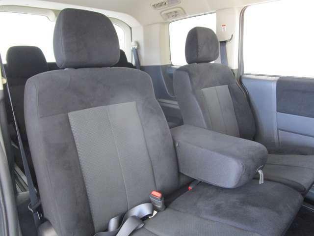 【2列目シート・3名乗車】車内で後席のお子様のお世話もノーストレスで出来ますね♪