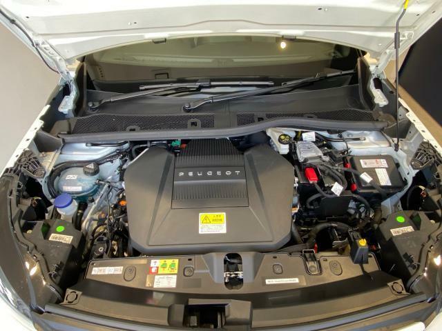 ガソリンエンジンモデルとは一味違う静かさと快適さ