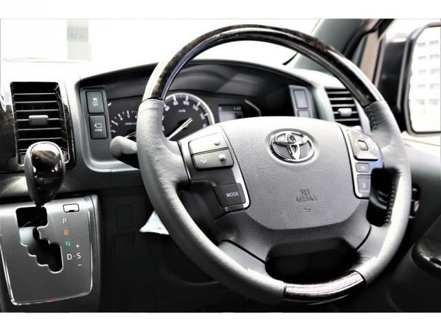 ダークプライムII特別仕様車マホガニーインテリアコンビハンドル・コンビシフトノブ