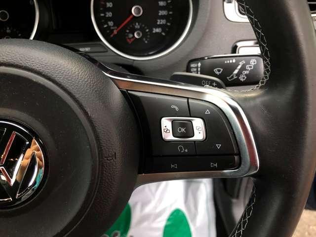 レーダーで前方の車両との距離を検知し自動的にブレーキを作動させるプリクラッシュブレーキシステム「フロントアシスト」搭載。
