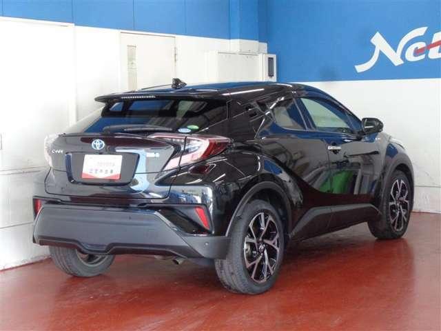 トヨタ認定検査員が1台1台、車両を細かくチェックして、車両の状態を分かりやすく表記!車両検査証明書付だと安心ですね♪