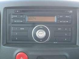 純正CDチューナー搭載♪新品のナビを取り付けることも出来ますので詳しくはスタッフまでお問い合わせ下さい。