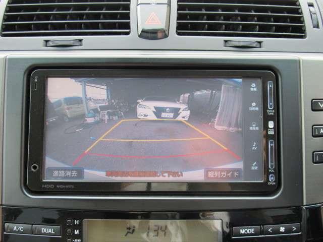 バックカメラ付きなので駐車の際も安心です♪