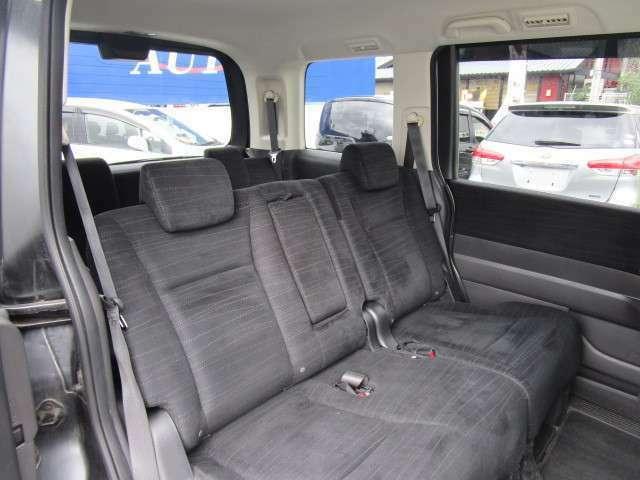 セカンドシートは凹凸も少なくて乗りやすいシートです!