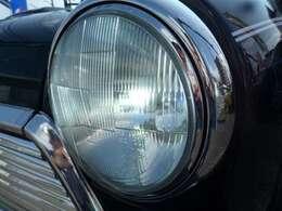【新品パーツ】LEDヘッドライトバルブ交換してます。