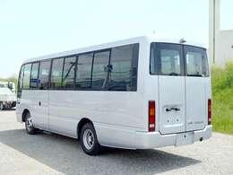20人乗りのマイクロバスです。