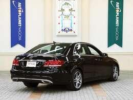 メルセデスベンツのプレミアムセダン「E250 アバンギャルド」をご紹介致します!