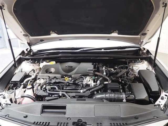 エンジンルームはしっかりクリーニングを実施。又ご納車前には、点検整備を行い。故障個所などがあれば直してご納車致します!