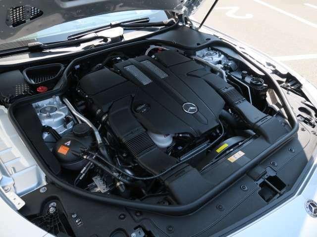 3000cc+ツインターボの軽快なエンジンは9ATとの相性は滑らかかつパワフルです!