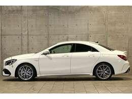 AMGスピードシフトDCTとなりますので、変速の早い、軽快なシフトチェンジです。運転が楽しく、魅力なお車です。