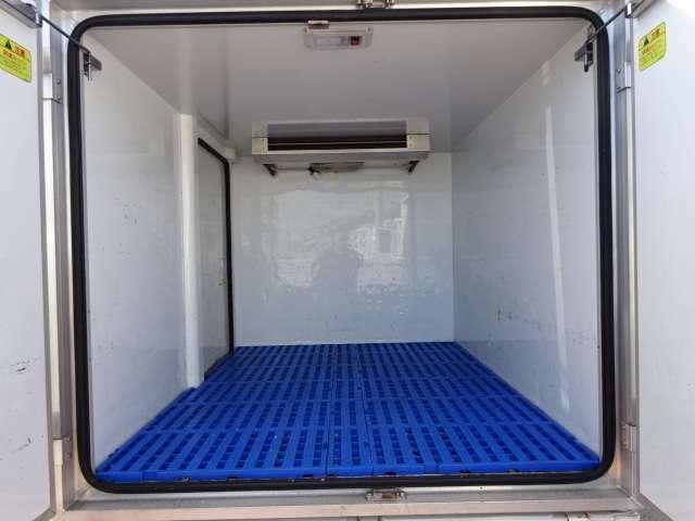 菱重製冷凍機 -5℃設定 2コンプレッサー ルーフトップ式コンデンサー サイドドア オートマ! 4枚リーフサス JU適正販売店&民間車検工場併設店です