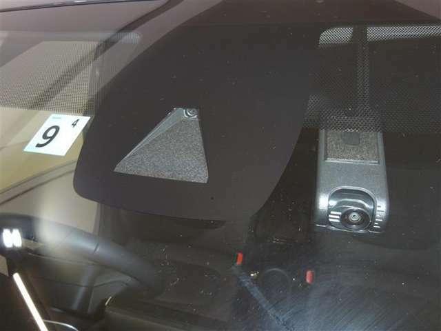 セーフティ・サポートカーです。 安全運転を支援する装置を搭載しています■あくまで運転を支援する機能です。本機能を過信せず必ずドライバーが責任を持って運転をお願いします