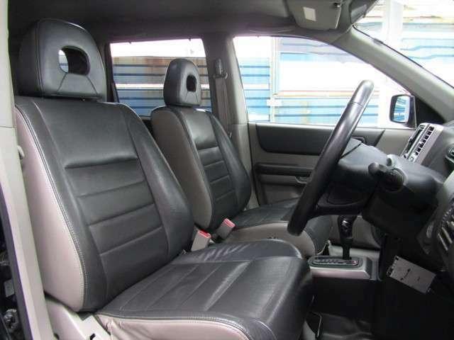 前席はシートヒーター搭載で、体もココロもあったかほっかほかです!