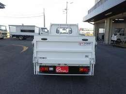 積載700kg 車両総重量2160kg