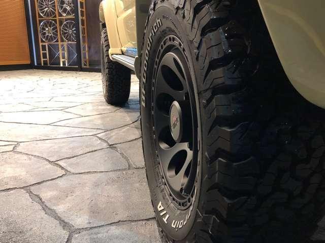 タイヤはグットリッチ235/70R16!