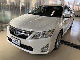 トヨタ カムリハイブリッド 2.5 Gパッケージ ホワイトパール ナビ ETC付き