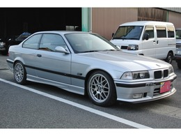 BMW 3シリーズクーペ 318is エンジン載替済み改造車