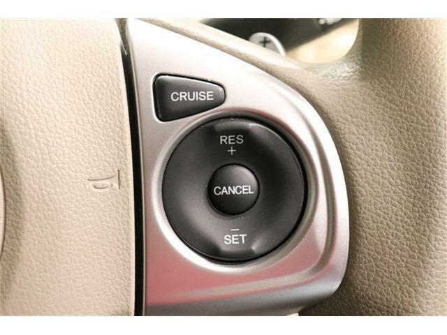 クルーズコントロール機能:車の速度を一定に保つので高速道路などでラクをしたいときに便利ですよ~♪
