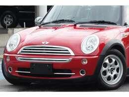 当店は創業22年の輸入車専門店です。全国販売及び納車可能ですのでお電話メールにてお問合わせ下さいね!遠方のお客様もご購入後のメンテナンスお任せ下さい。http://www.carspirits.jp/
