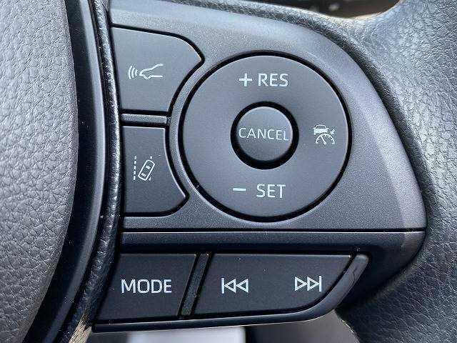 レーダークルーズコントロール【追従式クルーズコントロール】も装備しております。