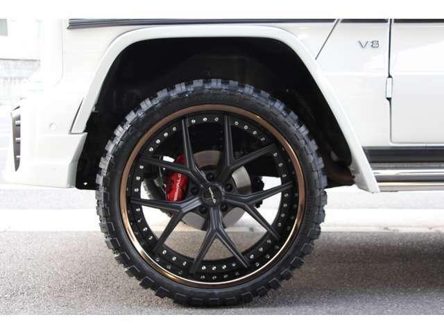 WALD ILLIMA 113F 10.5J-24 3ピースブロンズアルマイトリム×マットブラックディスク24inAW・COMFORSER CF3000 33×12.5-24 ブロックタイヤ