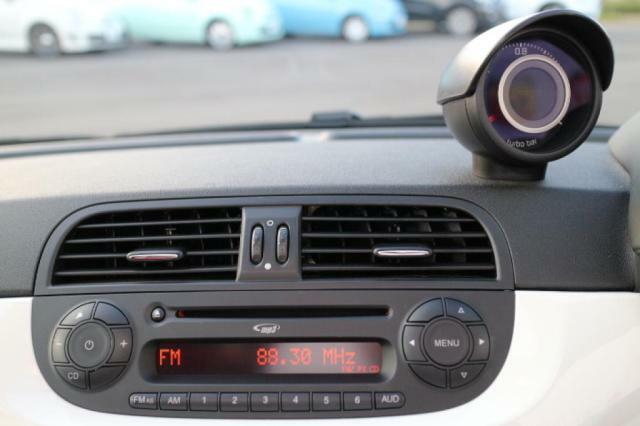 純正のCDラジオチューナー