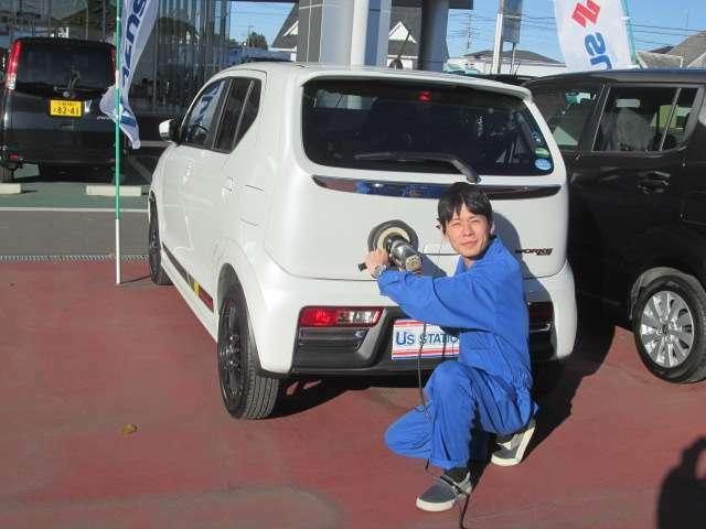 Bプラン画像:専用工具を使用してお車をコーティング!もちろん内装もピッカピカ☆