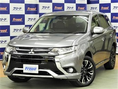 三菱 アウトランダーPHEV の中古車 2.0 G ナビパッケージ 4WD 愛知県小牧市 299.0万円