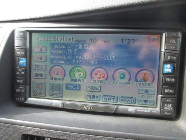☆純正HDDナビ付です☆音楽もたくさん積むことができます☆バックカメラも付いておりますので、車庫入れも楽々です☆