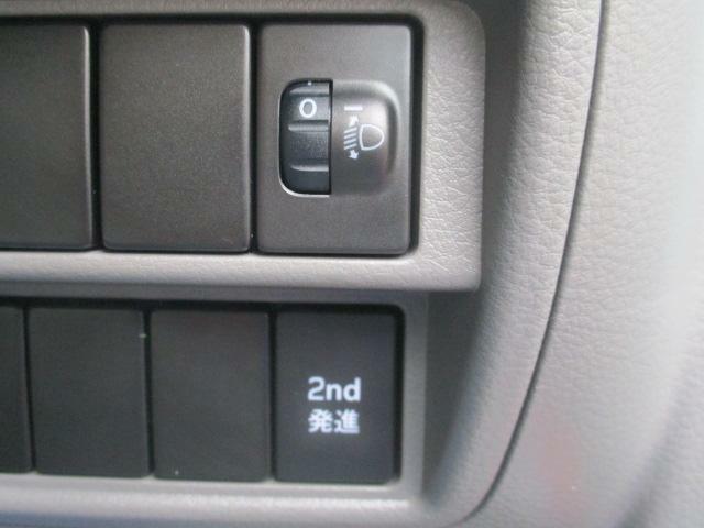 【2nd発進】2nd発進ボタンがあります♪スリップ防止の効果があります♪