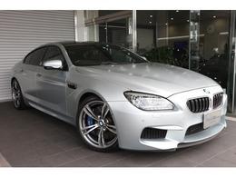 BMW M6 グランクーペ 4.4 4.4 インディビジュアル ブラックレザー