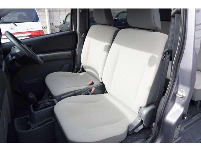 ◆運転席・助手席ともに大きなヘタリ等無くコンデション良好です◆