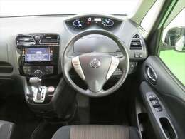 運転席からの視界が広く、運転しやすいおクルマです!