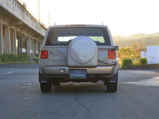 背面タイヤがタフさを象徴します