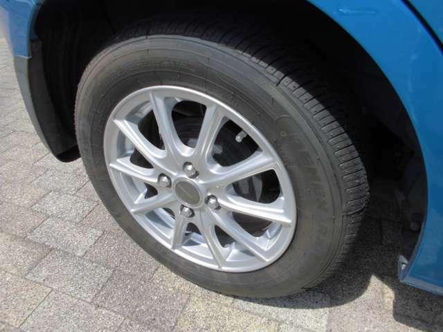 13インチ アルミホイル タイヤは4本 今回交換しました。