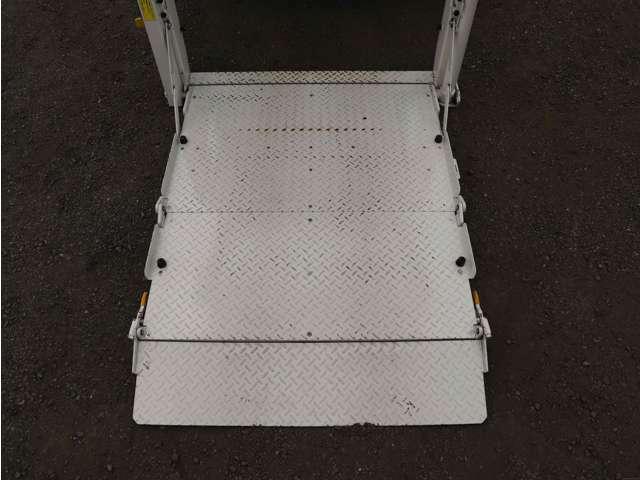 ◇全車両保証付きです。納車より1ヵ月間の保証もしくは,走行距離1000kmの保証がついています。車両基本部分へ修理保証をお付けいたします(車両架装部分や一部装備(リターダ等)は保証対象外となります)