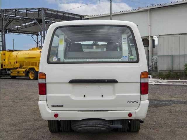【車両総重量】4875kg  【最大積載量】2000kg  【対応免許】準中型免許(5t限定)